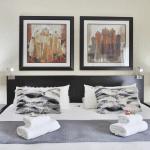 fuzzy pillow room 1